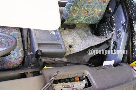 Kondisi di dalam mobil sehabis kecelakaan