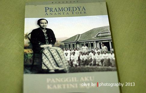 Pengen segera nyanyi lagu Ibu Kita Kartini deh ;)