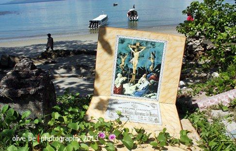 destinasi wisata sejarah maluku, pulau haruku, kuburan jadul