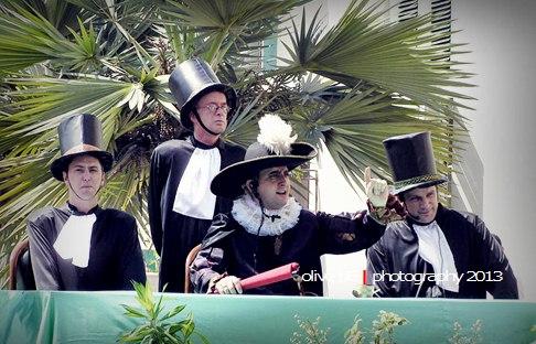 Pelaksanaan sidang kasus Pieter Erberveld di Stadhuis