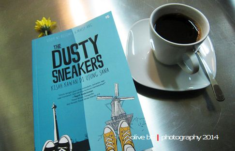 the dusty sneakers, kopi gayo