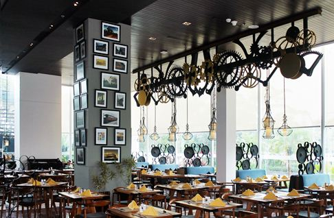 graffiti restaurant, mercure simatupang jakarta