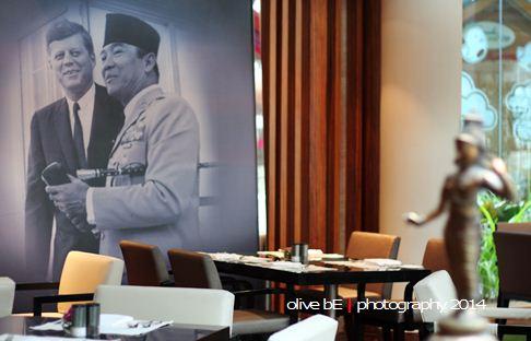 Soekarno, John F. Kennedy, Hotel Indonesia