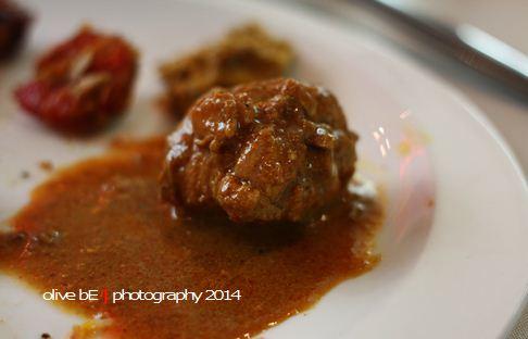 ayam kari, colours of india, signatures restaurant