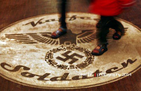 soldaten kaffee, swastika
