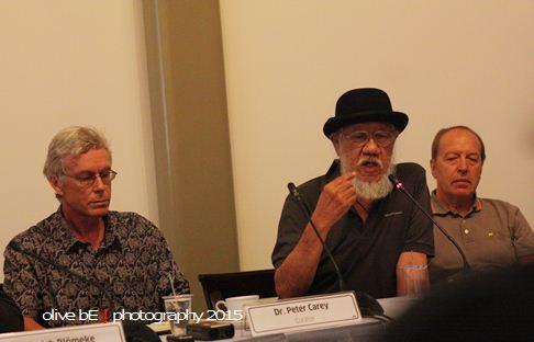Ki-Ka: Peter Carey, Jim Supangkat dan Werner Kraus saat acara konferensi pers di Galeri Nasional Indonesia