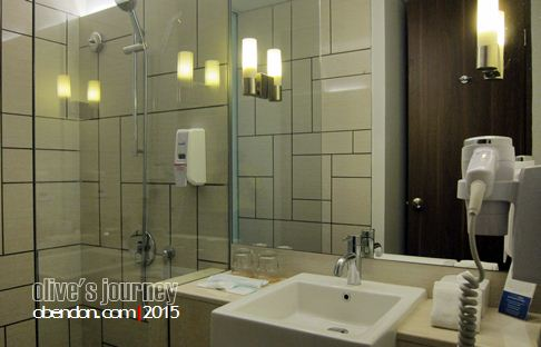 holiday inn express pluitgate, holiday inn, hotel murah jakarta