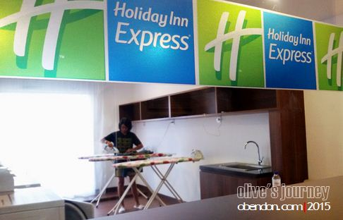 laundry service holiday inn, hotel murah jakarta