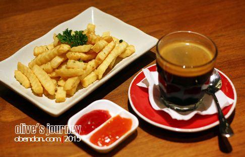 morning glory cafe, hotel ivory, cafe di bandung
