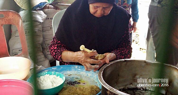 Kue Tat Bengkulu, Kue Tradisional Bengkulu, Kuala Khubu Baru, Felda Gedangsa, Eat Travel Write, ExploreSelangor