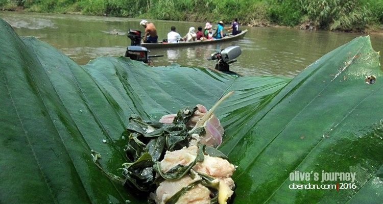 wisata serawak, ayam pansuh, wisata sungai batang kayan