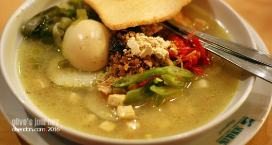 Lontong Cap Gomeh, Restoran Semarang, Kuliner Semarang, Semarang Hebat, Jongkie Tio, Sejarah Lontong Cap Gomeh