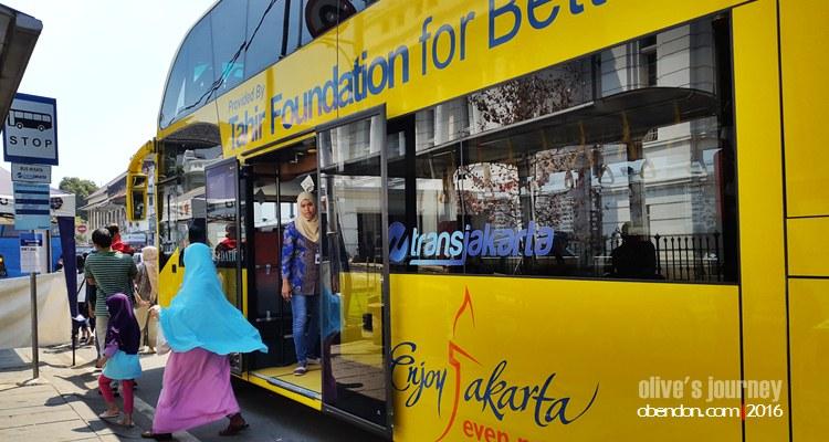 Mpok Siti, Jakarta City Tour, Free bus Jakarta city tour, keliling jakarta gratis, tourist double decker bus, jakarta double decketer tour bus