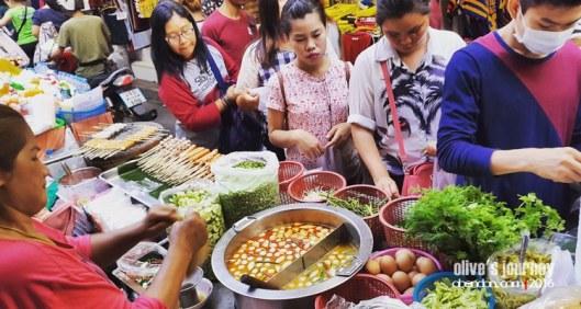 kuliner bangkok, kuliner thailand, jajanan di pratunam market, thai culinary jouerney, makan murah di bangkok
