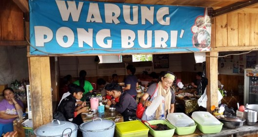 warung pong buri, pa'piong, kuliner khas toraja