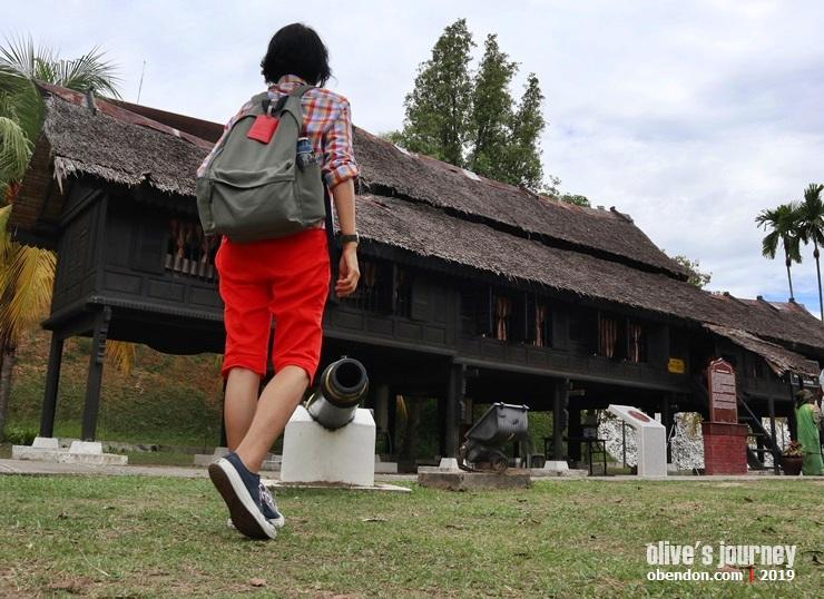 sejarah negeri sembilan, jejak minangkabau di malaysia, yang dipertuan besar negeri sembilan, istana ampang tinggi