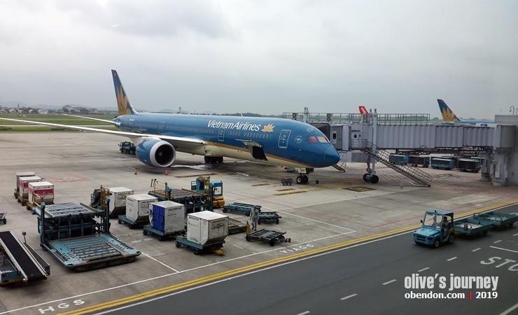 vietnam airlines, vietnam now, flying to vietnam, boat people