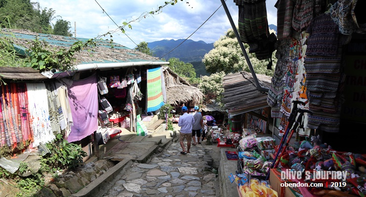 trekking to cat cat village, what to see in cat cat village, cat cat village, best time visit sa pa