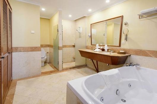 the northam all suite hotel. hotel terdekat ke gleneagles penang, hotel dekat dengan rumah sakit di penang