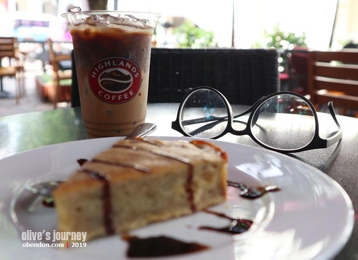 highlands coffee vietnam, starbuck vietnam, kopi vietnam, kopi susu vietnam, tempat ngopi enak di vietnam