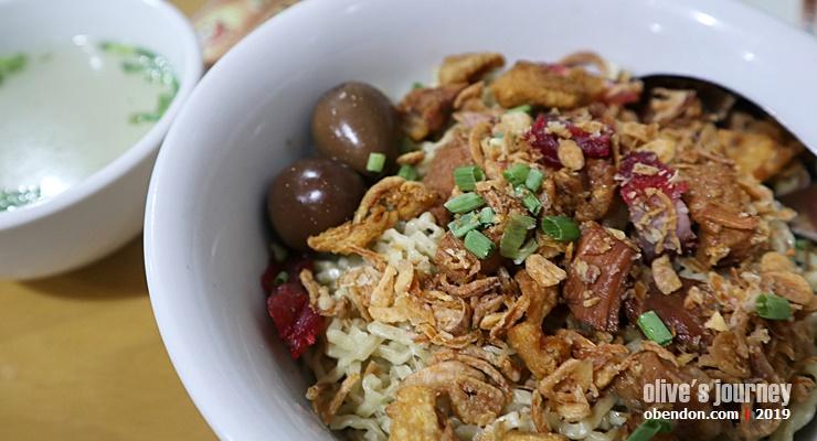 kuliner legendaris surabaya, kwetiau apeng surabaya, apeng kwetiau medan, kwetiau enak di surabaya