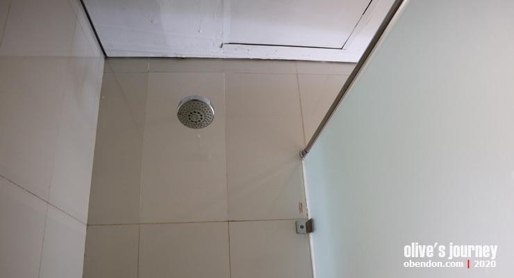 wash room terminal 3 soekarno hatta, ruang mandi bandara soekarno hatta, wash room bandara, mandi di bandara di indonesia