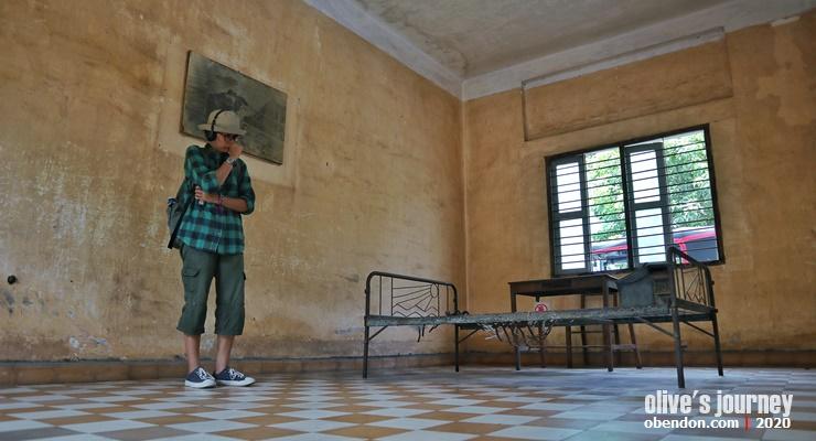 tuol sleng genocide museum, S-21 prison, S-21, cambodian genocide, genosida kamboja, tempat wisata menarik di phnom penh