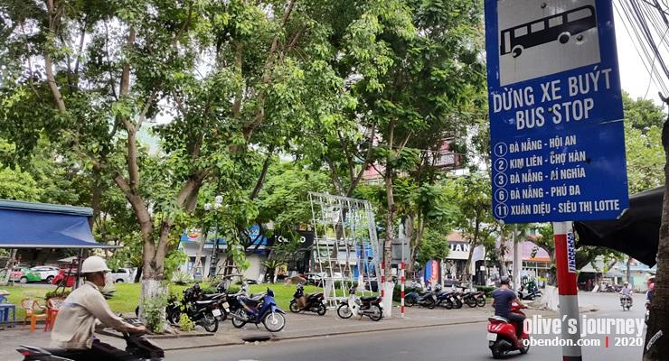 public transportasion in vietnam, cara naik bus di vietnam, taking public bus in vietnam, how to get hoi an