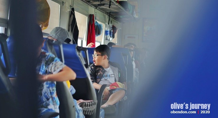 public transportion in vietnam, train service in vietnam