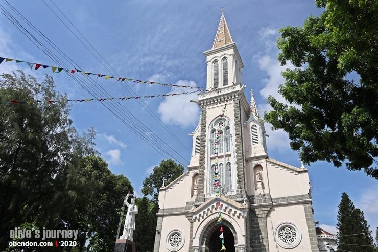 church in hanoi, church history in vietnam, old church in vietnam, church in ho chi min