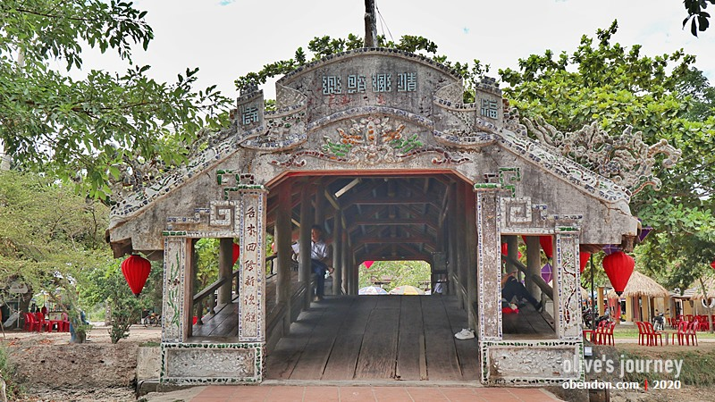 than toan bridge, hue, vietnam tengah, thuy thanh village, an old bridge in Vietnam, thuy thanh traditional market